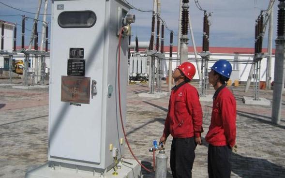 华电库伦风电场220kV SF6断路器带电充气